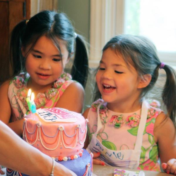 bday caker girls