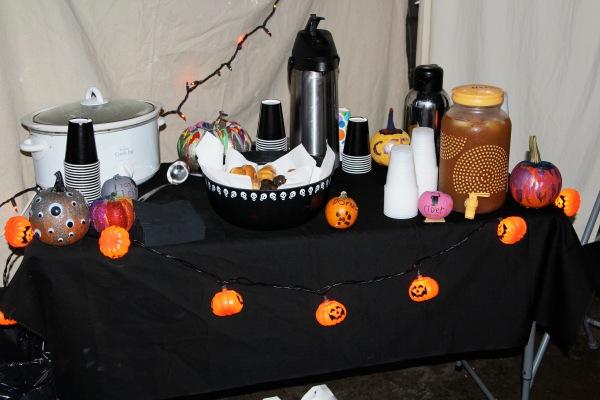 halloween garage1