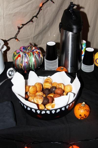 halloween garage4
