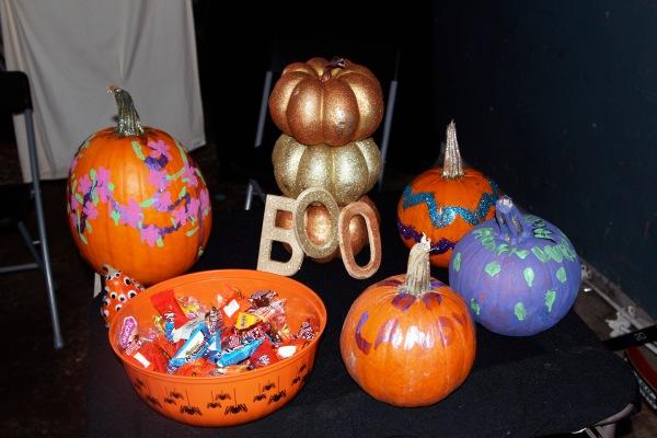 halloween garage6