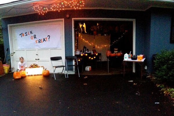 halloween garage9